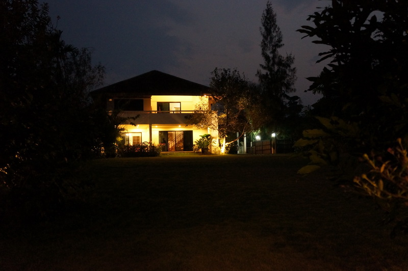 Villa by night_resize